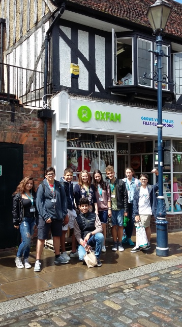 PCH1 Charity shop challenge 2016